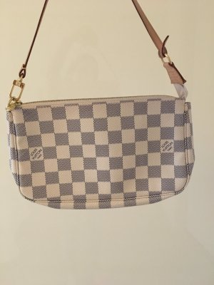 Louis Vuitton Pochette!