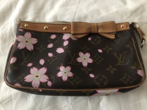 Louis Vuitton Pochette Blossom