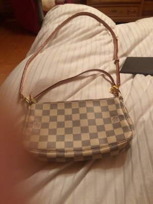 Louis Vuitton Handbag oatmeal