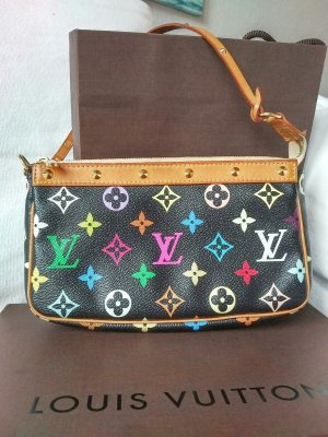 Louis Vuitton Pochette black