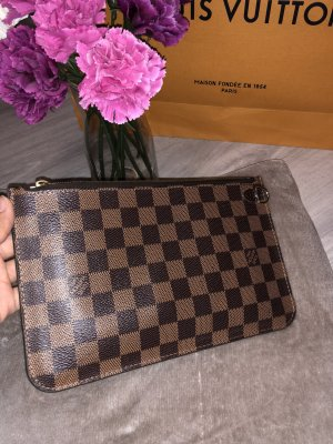 Louis Vuitton Pochette Neverfull Damier MM