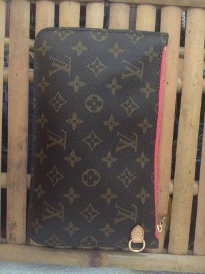 Louis Vuitton Pochette Pink