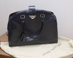 Louis Vuitton Pont neuf GM Epi shine no
