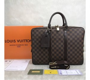 Louis Vuitton Porte-Documents