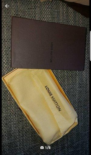Louis Vuitton Portmonee zu verkaufen