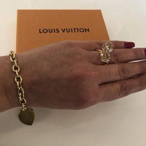 {{ Louis Vuitton Ring }}
