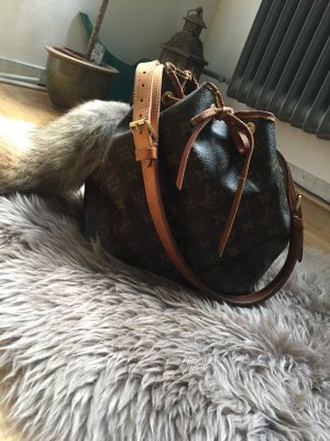 Louis Vuitton Sac Noé Petit