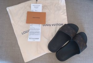 Louis Vuitton Sandale d'extérieur multicolore