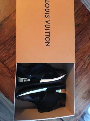 Louis Vuitton Sneaker 38/39