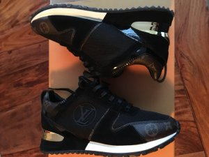 Louis Vuitton Sneaker 39