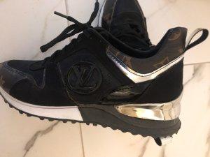Louis Vuitton Sneaker Gr. 38