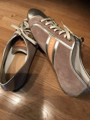Louis Vuitton Sneaker Größe 40 Datacode GO 1028