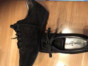 Louis Vuitton Sneaker Größe 40, Datacode GO 1121