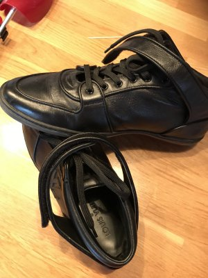 Louis Vuitton Sneaker Größe 40 , schwarz, Leder, Data Code GO 0180