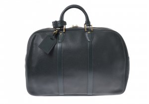 Louis Vuitton Taiga Kendall Boston Bag