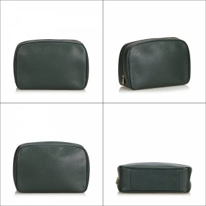 Louis Vuitton Taiga Toiletry Pouch GM