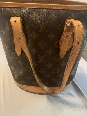 Louis Vuitton Bolso barrel marrón
