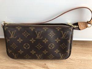 Louis Vuitton Tasche Pochette