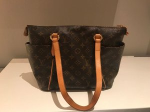 Louis Vuitton Sac brun-marron clair cuir