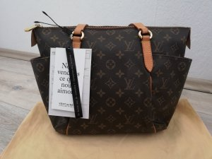 Louis Vuitton Totally PM in Monogram