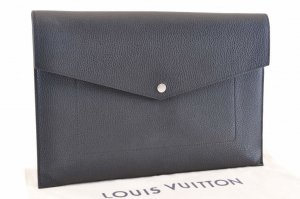 Louis Vuitton Trillon Clutch bag