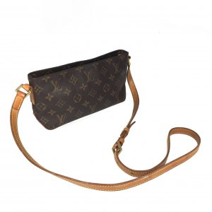 LOUIS VUITTON TROTTEUR UMHÄNGETASCHE AUS MONOGRAM CANVAS