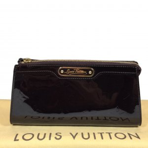 Louis Vuitton Pochette bordeau-doré