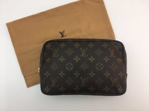 Louis Vuitton Trousse Toilette 23 Kulturtasche