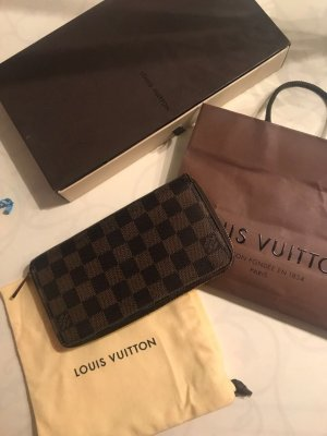 Louis Vuitton Zippy Damier
