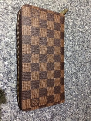 Louis Vuitton Zippy Damier Ebene