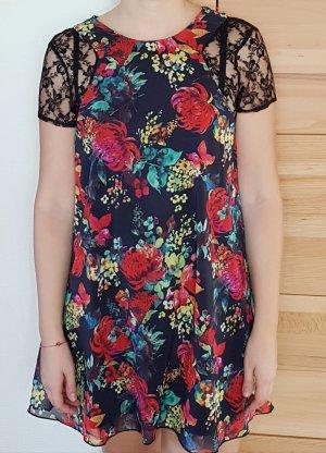Love Kleid mit Blumenmuster und Spitze