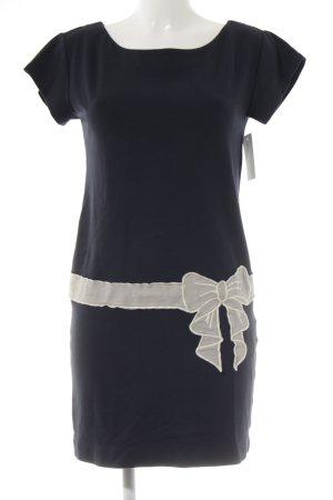 Love Moschino Stretchkleid dunkelblau-creme Street-Fashion-Look