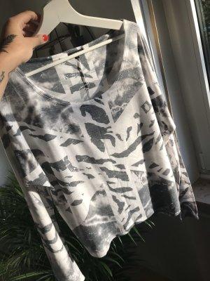 The Love Tree Print Shirt black-white