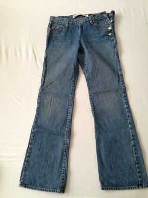 """Low Rise Boot Cut"" Jeans von Gap, Gr. 38"