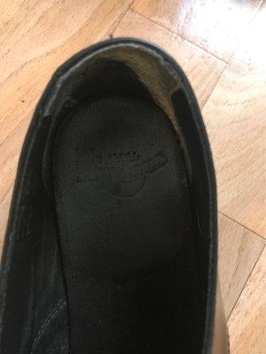 Dr. Martens Lace Shoes black