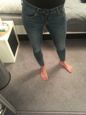 Low-Waist Ankle Jeans Gr. W25/L30