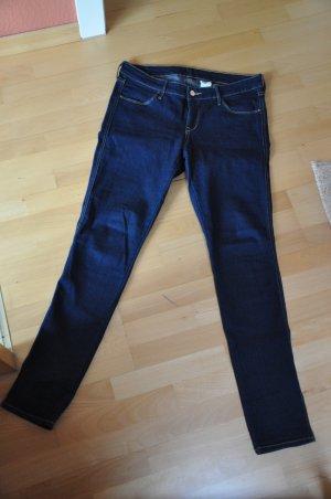 Low-Waist Jeans in Dunkelblau, Hosengröße 31/32
