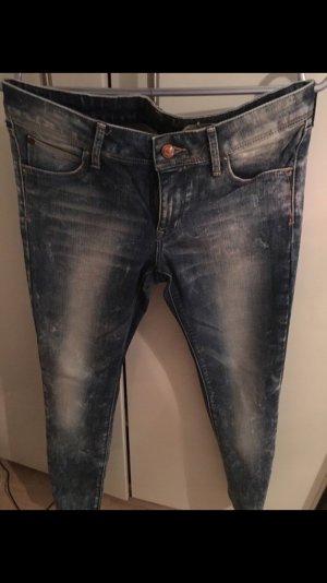 Low Waist Jeans von H&M