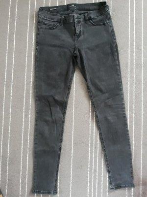 LTB Skinny in schwarz