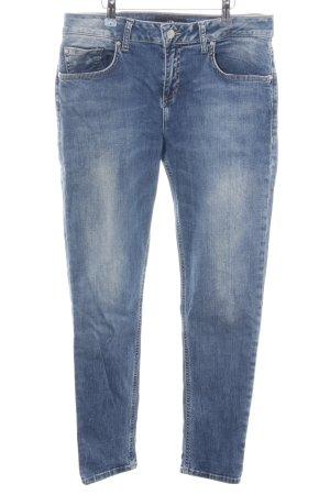 LTB Jeans slim fit blu stile da moda di strada