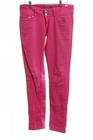 LTB Slim Jeans pink street-fashion look