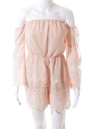 Lucy Paris Tuta rosa pallido stile spiaggia
