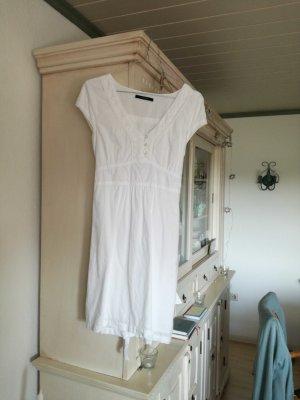 Luftig leichtes Sommerkleid aus Baumwolle