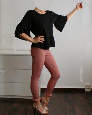 Luftige Bluse mit Rüschen - oversized