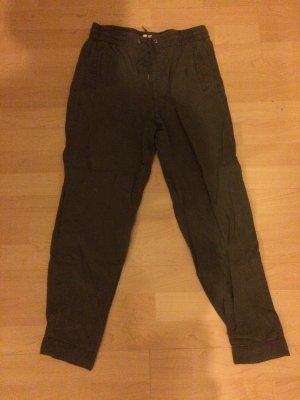 H&M L.O.G.G. Pantalón capri gris verdoso