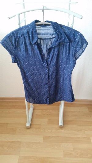 Luftiges Blusenhemd gepunktet