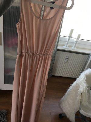Luftiges bodenlanges Kleid