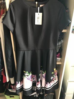 Luftiges Kleid mit rücken Reißverschluss