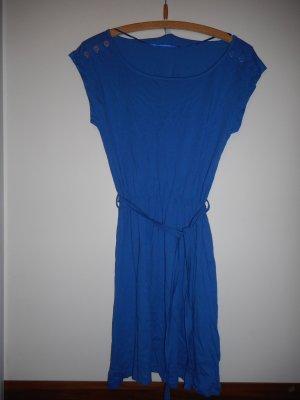 Luftiges Kleid von Only, Größe XS, blau, Gummibund in der Mitte (verstellbar)