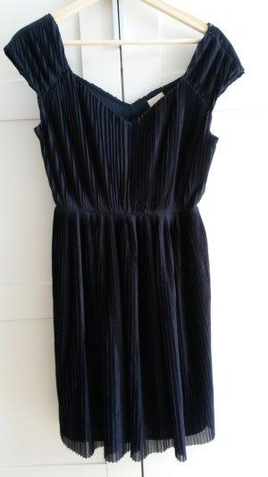 Luftiges Kleidchen von H&M